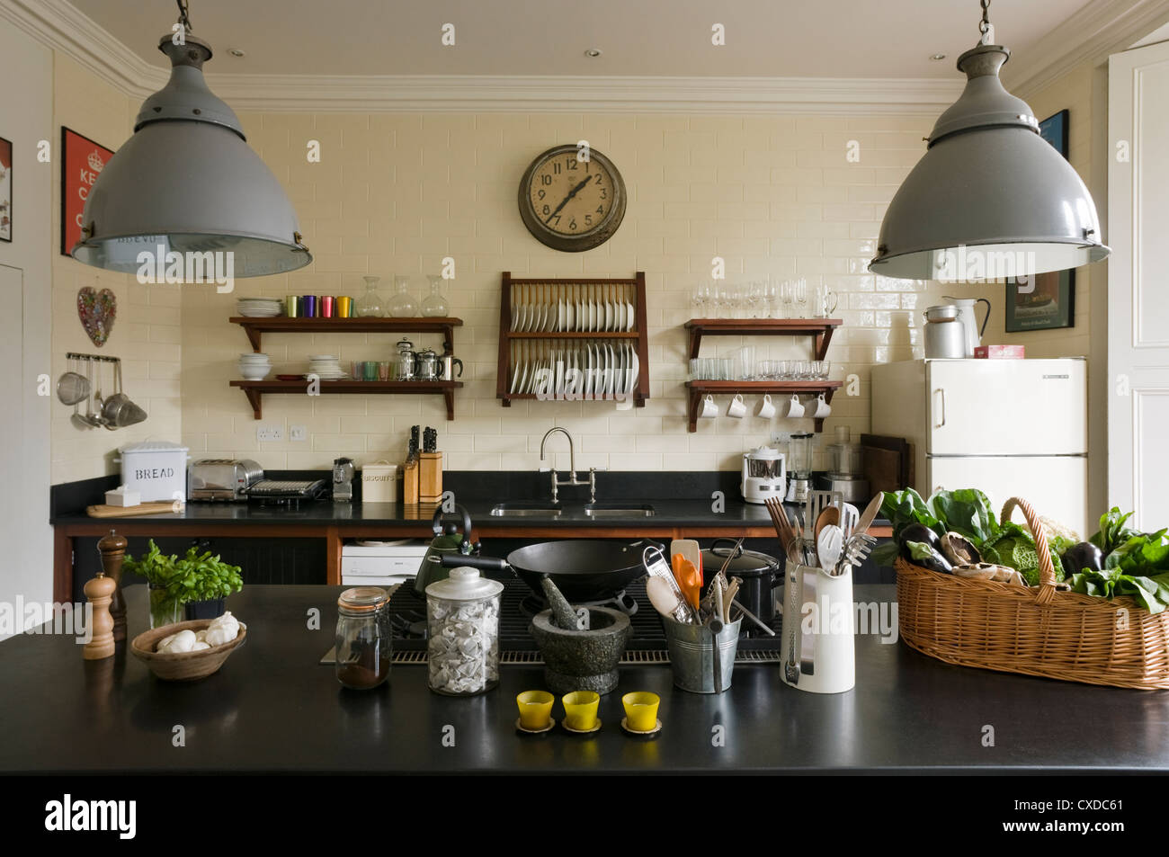 Granit Arbeitsplatten Küche Berlin 1950 Kitchen Stockfotos And 1950 Kitchen Bilder Alamy