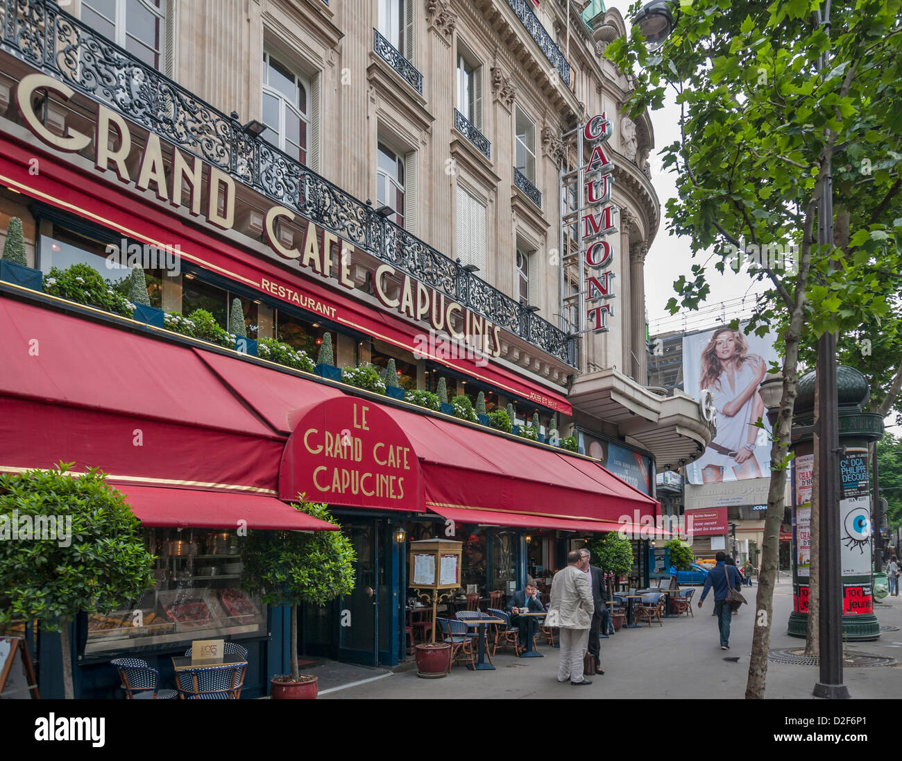 Café Des Capucines Paris Le Grand Cafe Capucines In Paris Frankreich Stockfoto Bild
