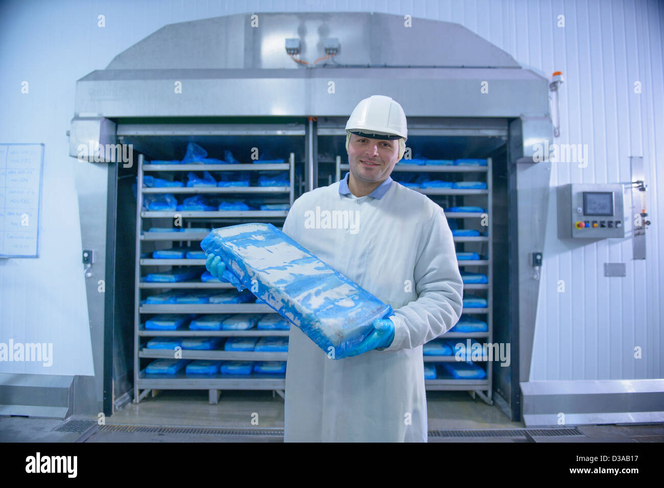 Gefrorener Lachs Factory Fish Stockfotos And Factory Fish Bilder Alamy