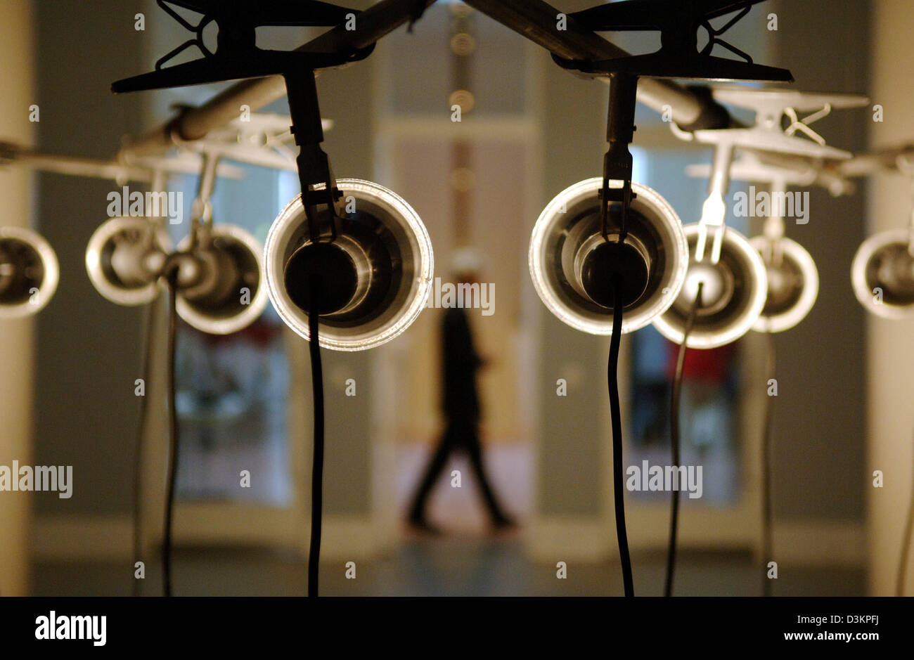 Moderne Lampen 19 : Deutsche lampen holy trinity design leuchten hersteller