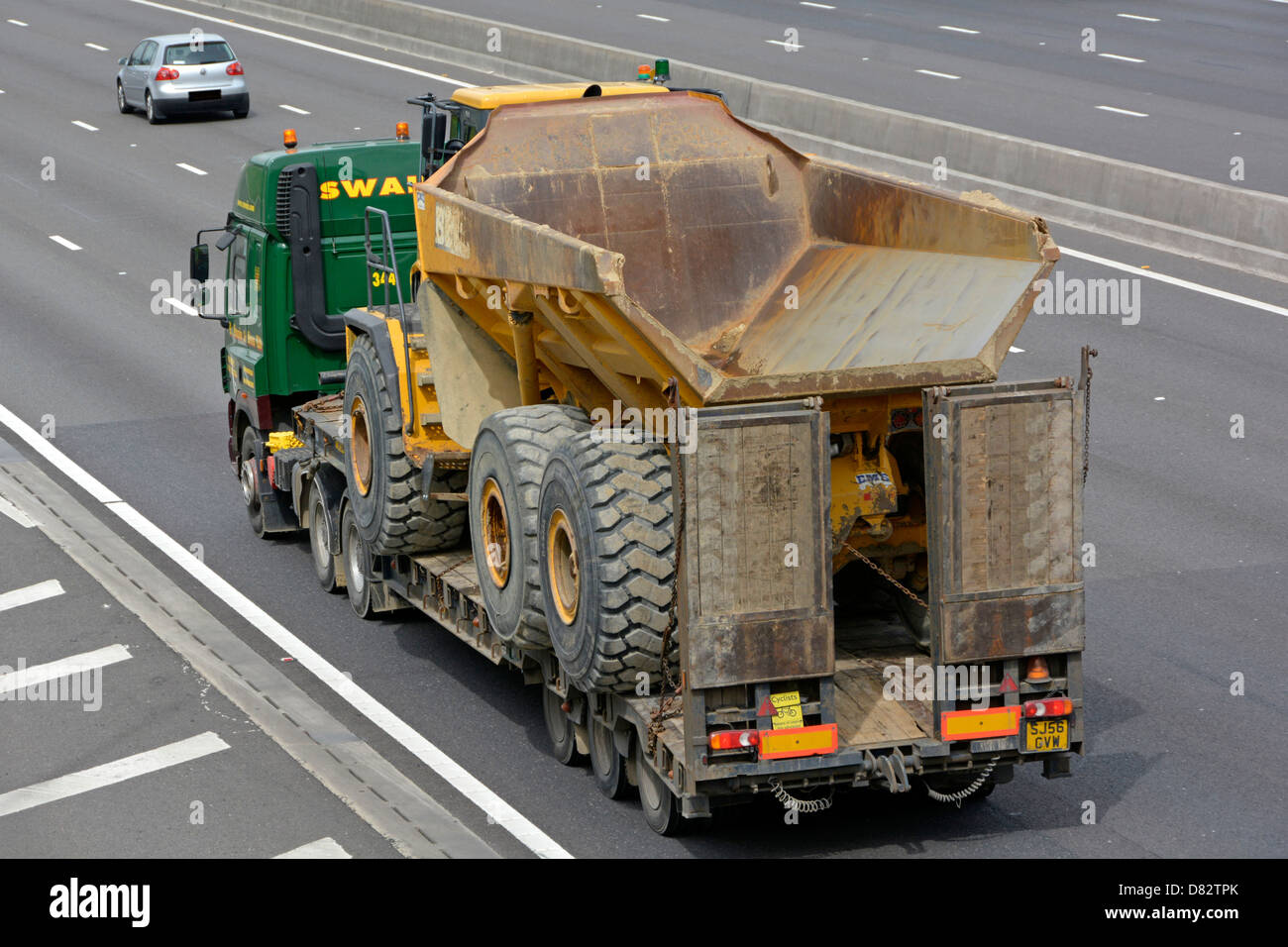 Modulhaus Holland Low Loader Lorry Stockfotos And Low Loader Lorry Bilder Alamy