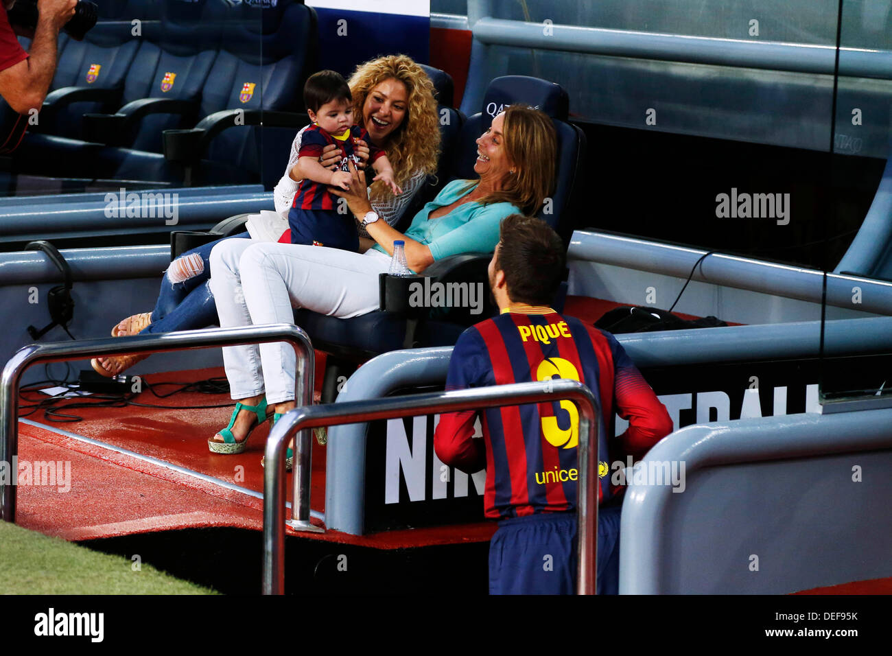 Roter Teppich Spanisch Shakira And Gerard Pique Stockfotos And Shakira And Gerard