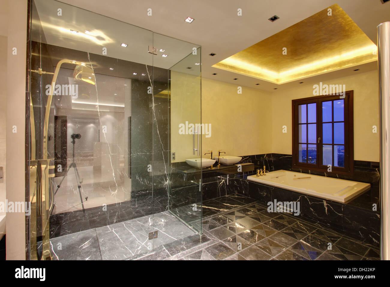 Badezimmer Begehbare Dusche | Elegant Badezimmer Grundriss Begehbare ...