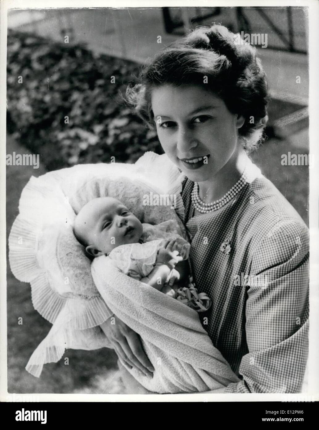 Sessel Queen Elizabeth Queen Elizabeth Queen Princess Margaret Stockfotos Queen
