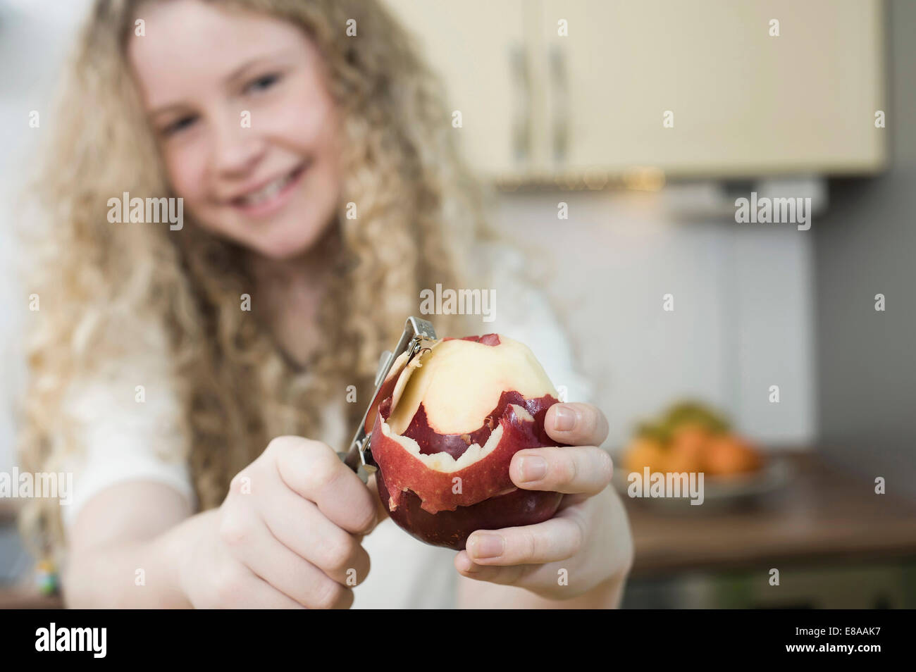 Mädchen Küche Domestic Kitchen Stockfotos And Domestic Kitchen Bilder Alamy