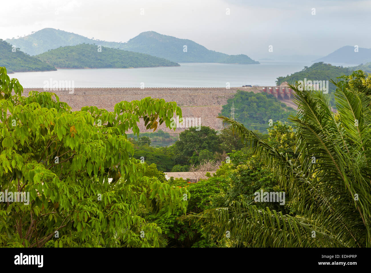Altes Holz Kanu Lake Volta Ghana Stockfotos And Lake Volta Ghana Bilder Alamy