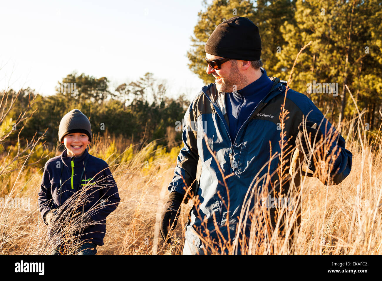 Fahrradfahren Im Sessel One Parent Stockfotos And One Parent Bilder Alamy