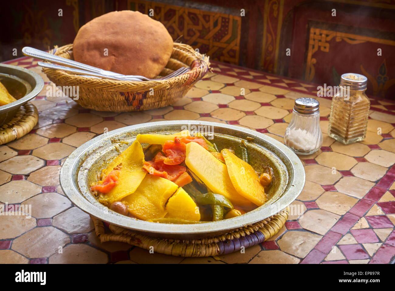 Marokkanische Küche | Marokkanische Kuche Marokkanische Tajine Tanger Glasiert 5 6