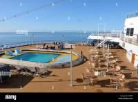 Holland America Cruise Ship Pool Stockfotos & Holland ...