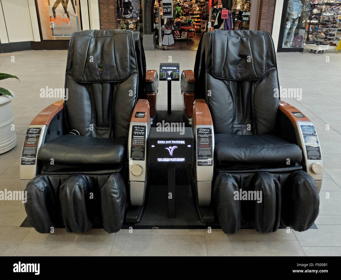 Japanische Massagesessel Such As Massage Chairs Stockfotos Such As Massage Chairs Bilder