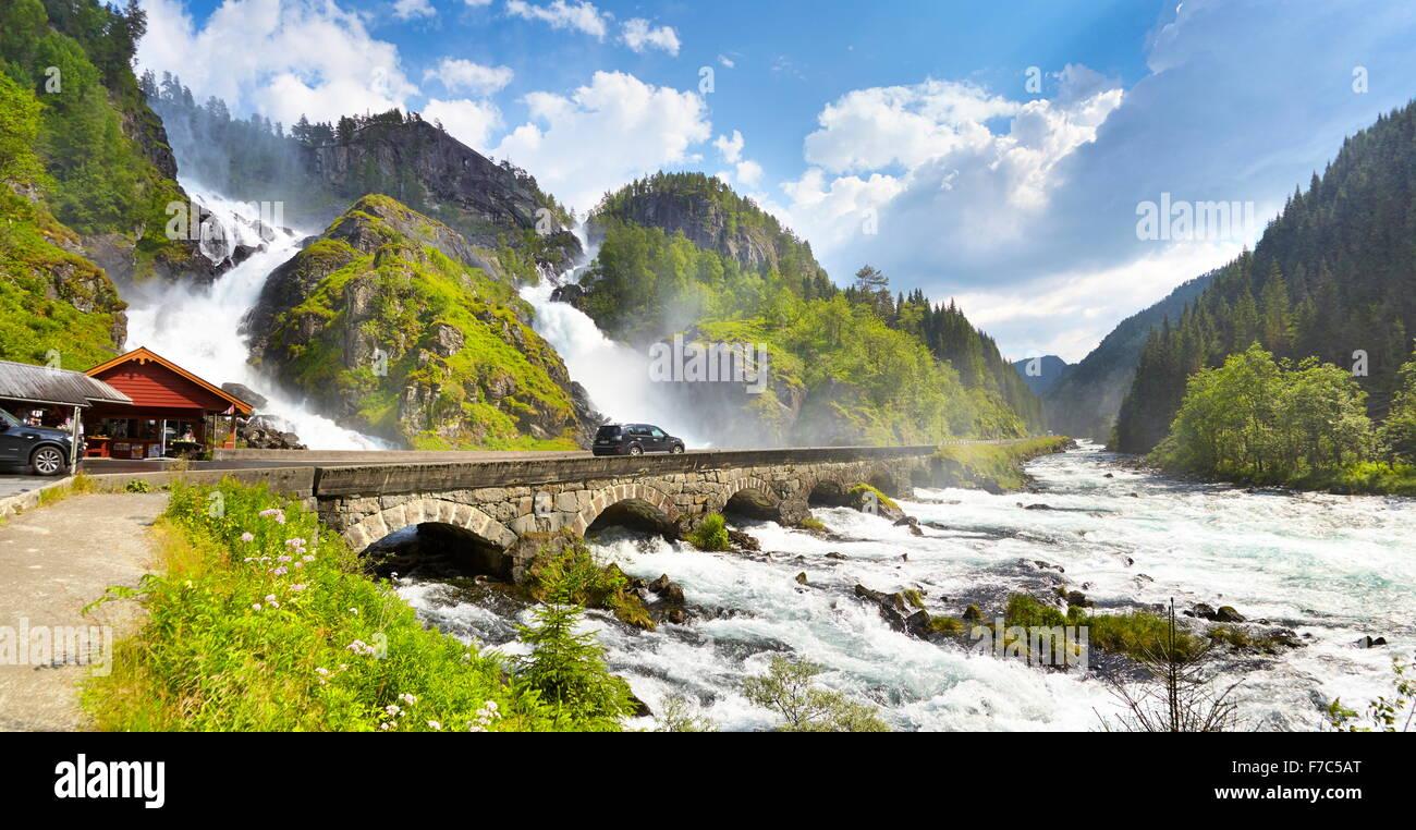 Falling Water Live Wallpaper Latefossen Wasserfall Hordaland Norwegen Stockfoto Bild