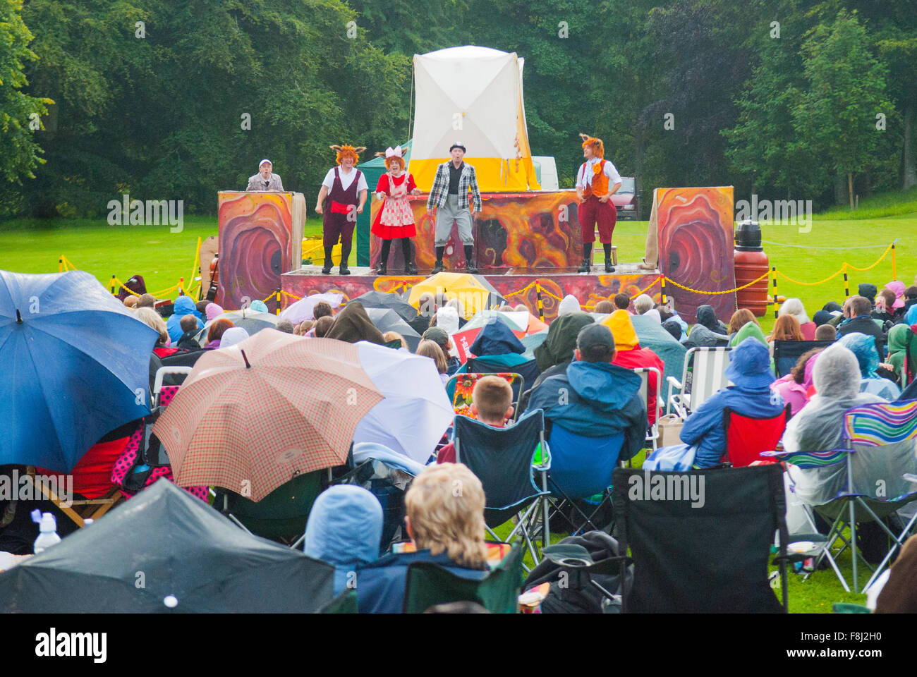 Outdoor Kinder Outdoor Kinder Theater Puppentheater Crathes Castle In