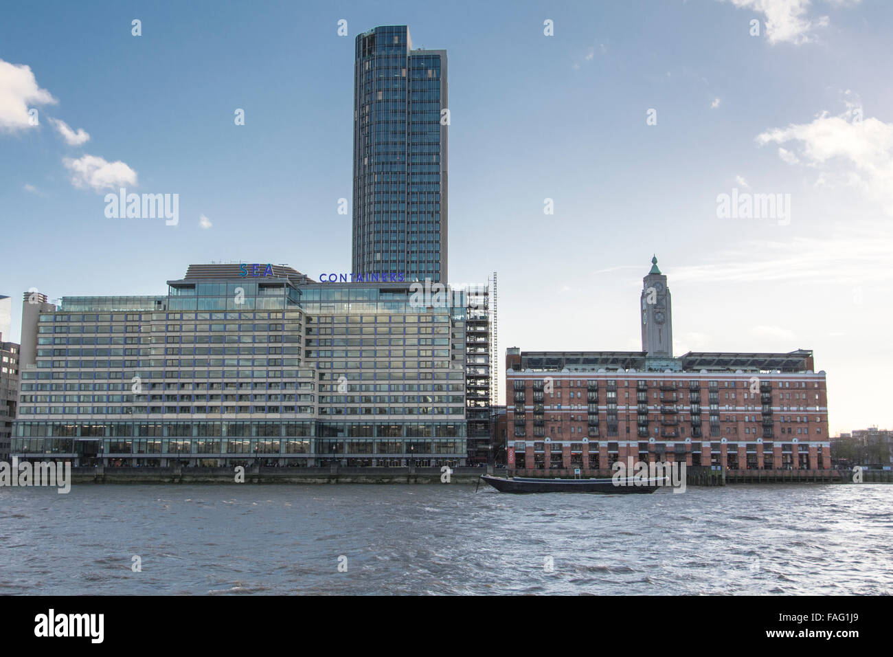 Container Haus London See Container Haus Oxo Tower Wharf Und Der South Bank London Uk