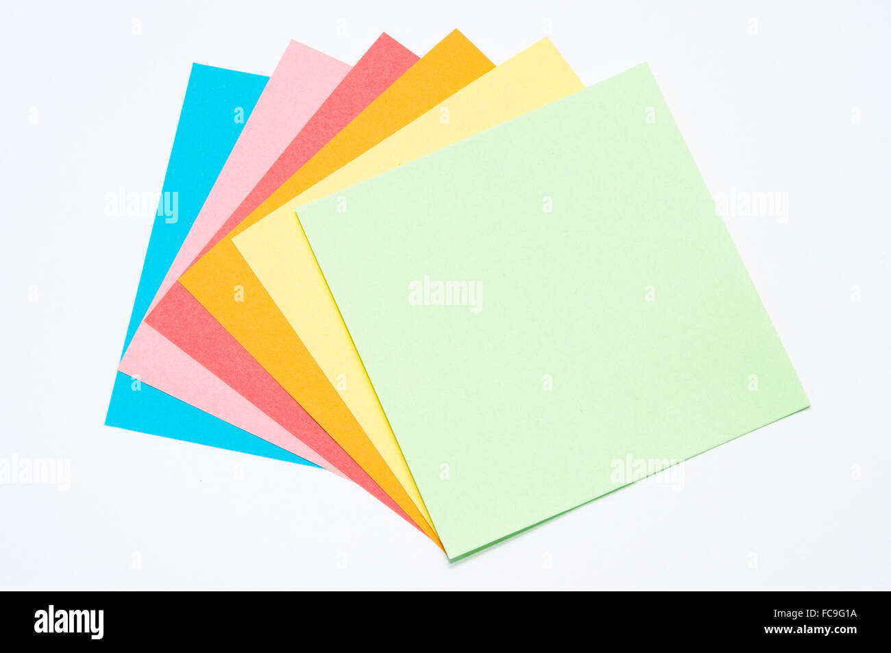 Farbiges Druckerpapier Recycling Farbiges Papier Quadrate Stockfoto Bild 93637862 Alamy