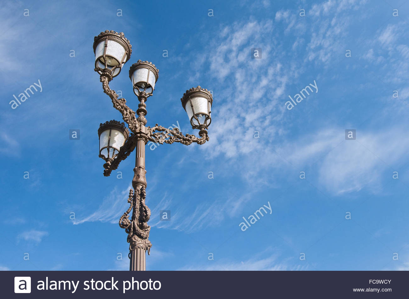 Straßenlaterne Orange Streetlamp Stockfotos And Streetlamp Bilder Alamy