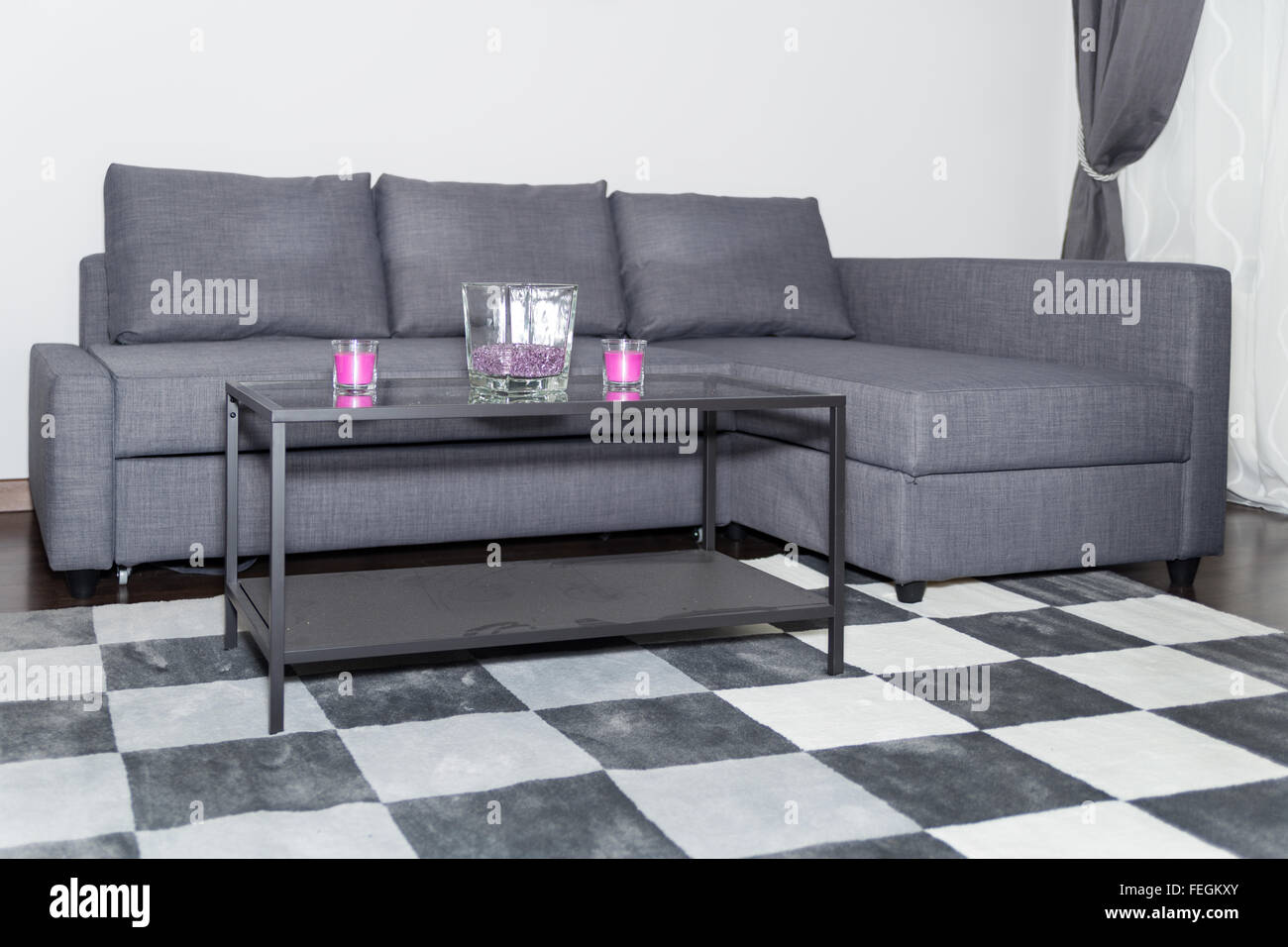 Wohnzimmer Lounge Stil Contemporary Lounge Gray Sofa Wall Stockfotos