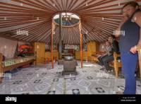 Mongolian Ger (yurt) Stockfotos & Mongolian Ger (yurt ...