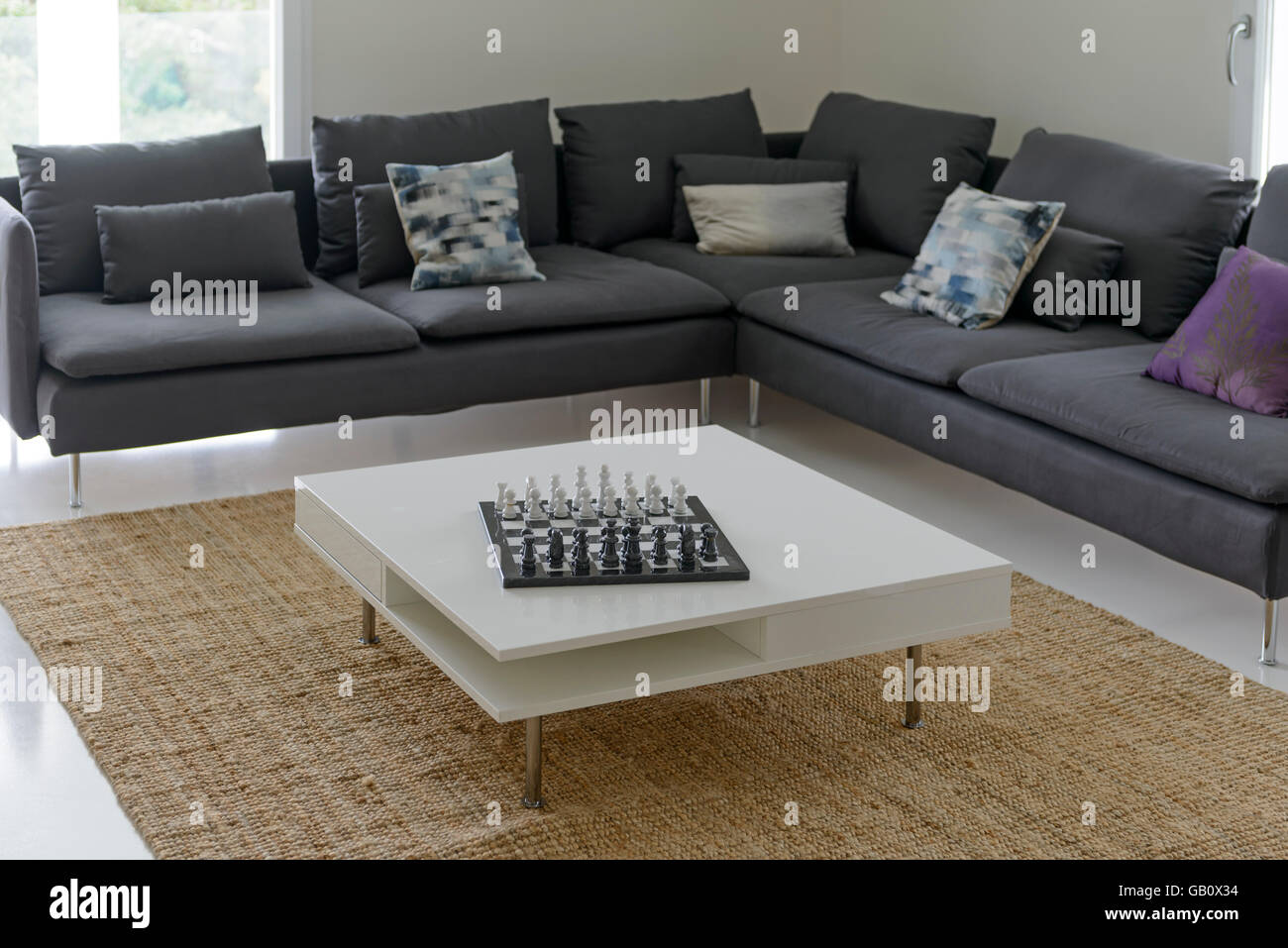 L Shaped Sofa Stockfotos Und Bilder Kaufen Alamy