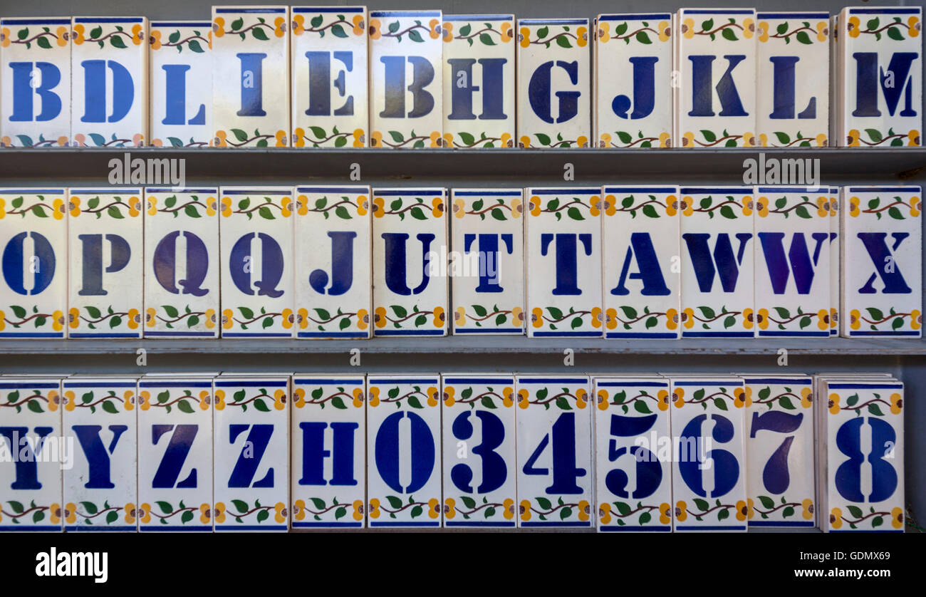 Keramik Fliesen Buchstaben Azulejos Stockfotos And Azulejos Bilder Alamy