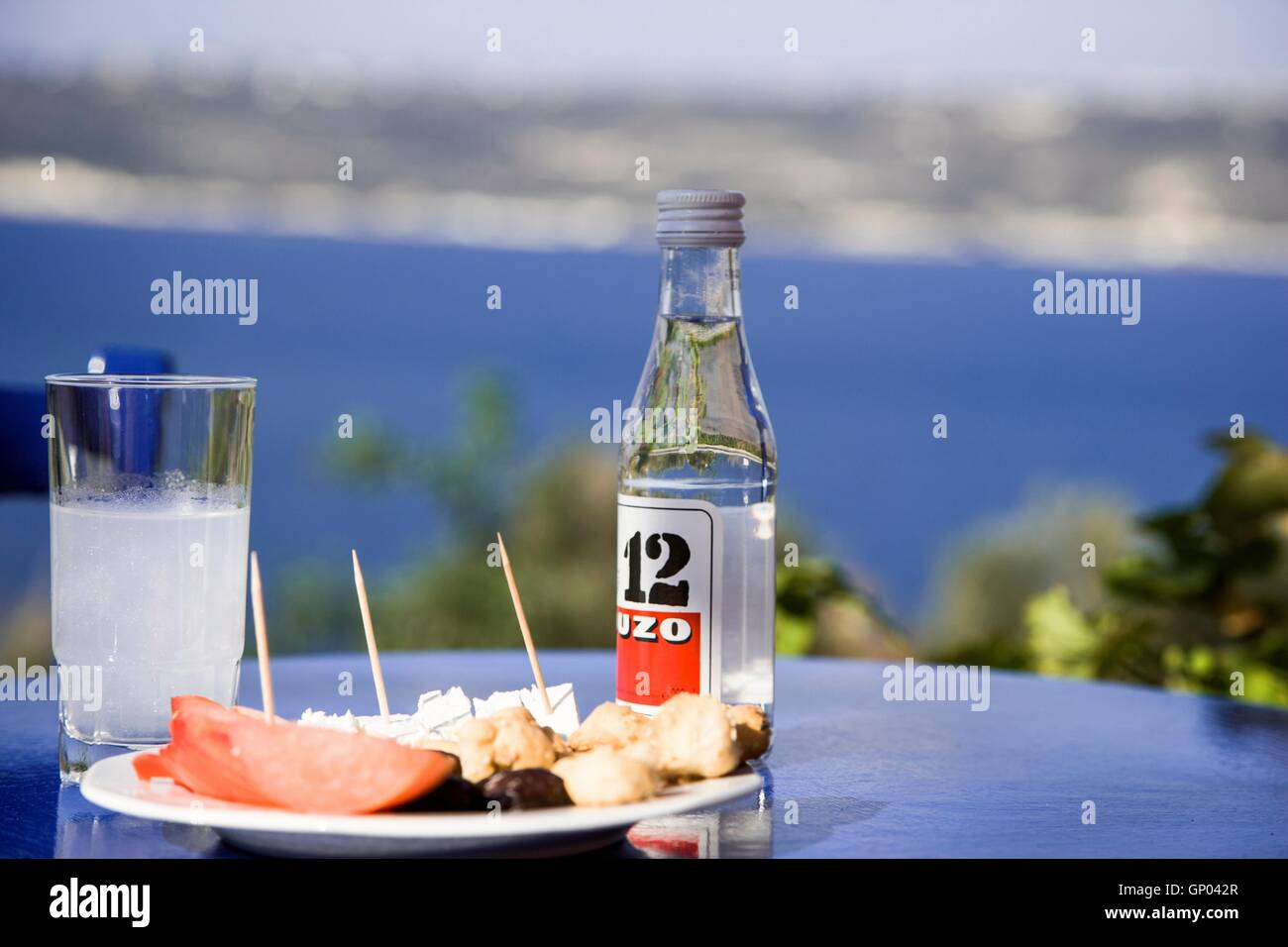 Griechische Küche Berlin Bottle Ouzo Greece Stockfotos And Bottle Ouzo Greece Bilder