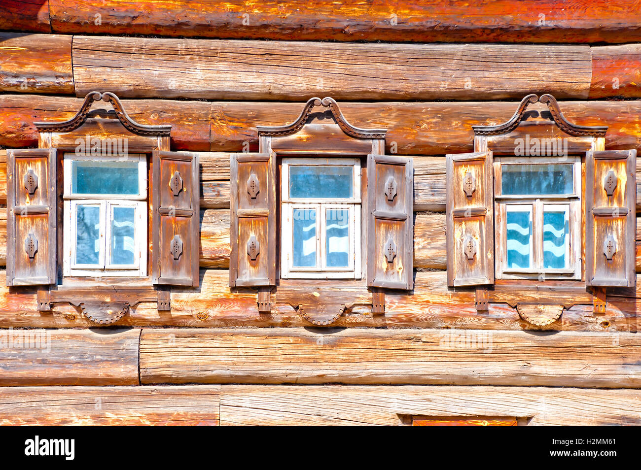Russisches Holzhaus Traditional Russian Windows Russia Stockfotos