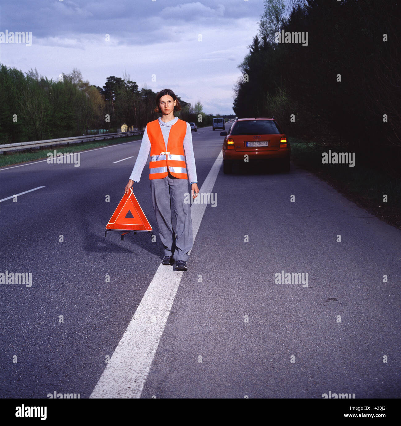 Sicherheitsweste Auto Warnweste Stockfotos And Warnweste Bilder Alamy