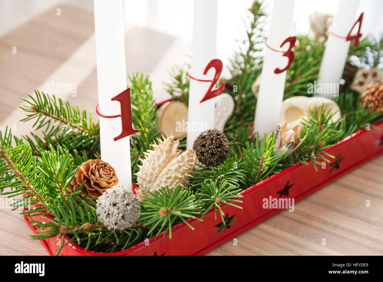 Magischer Couchtisch Christmas Advent Wreath Stockfotos And Christmas Advent