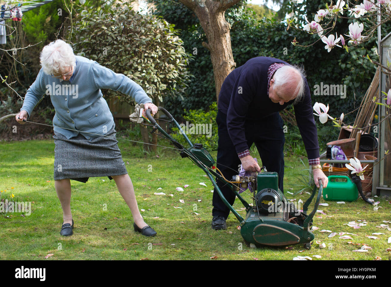 Pension Am Englischen Garten Pensioners Stockfotos And Pensioners Bilder Alamy