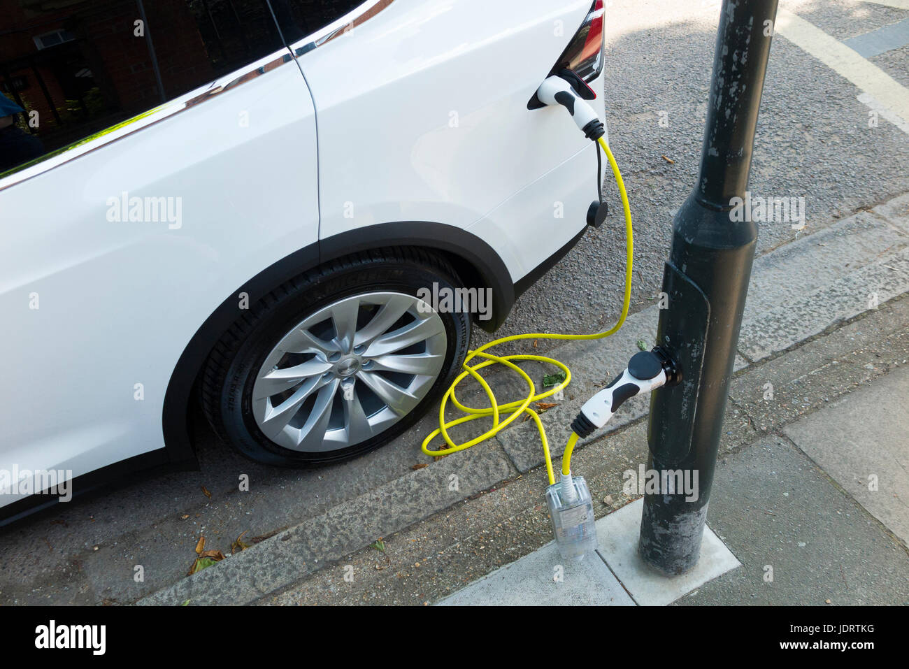 Straßenlaterne Kosten Charge Stockfotos And Charge Bilder Alamy