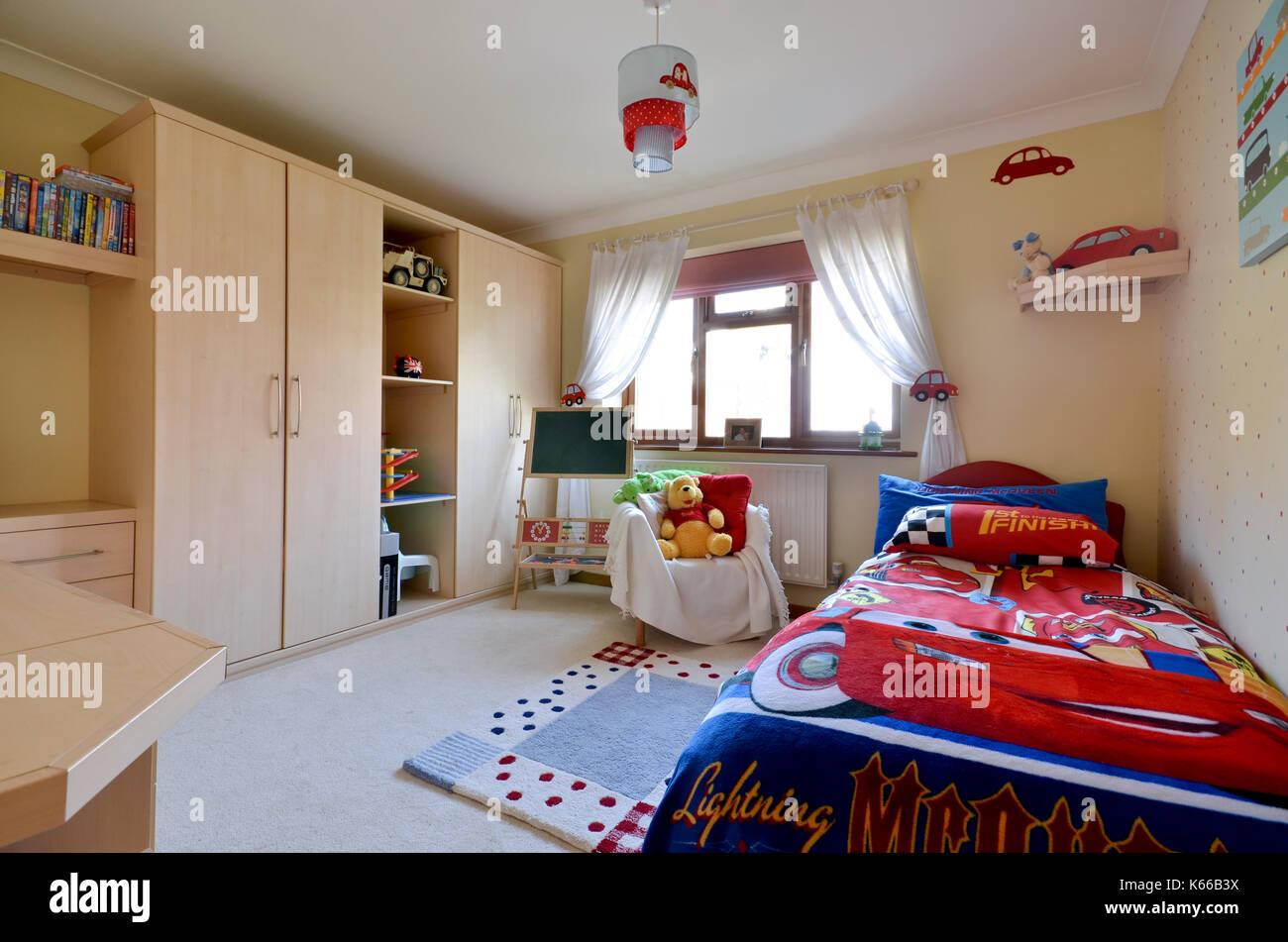 Jungen Schlafzimmer   Fr Jungs Design Avec Wandfarben Für ...