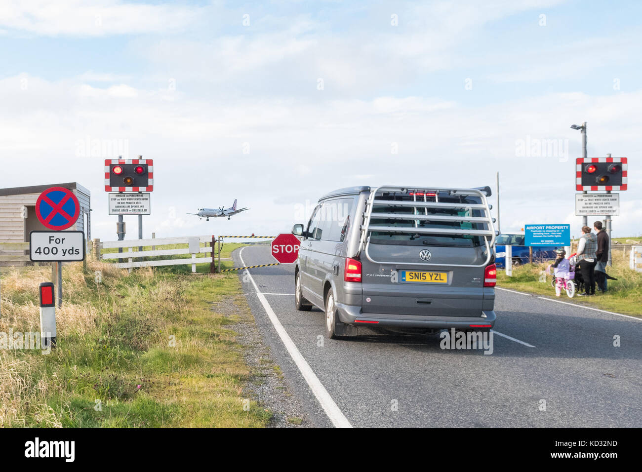 Container Haus Nordirland Level Crossing Stockfotos And Level Crossing Bilder Alamy