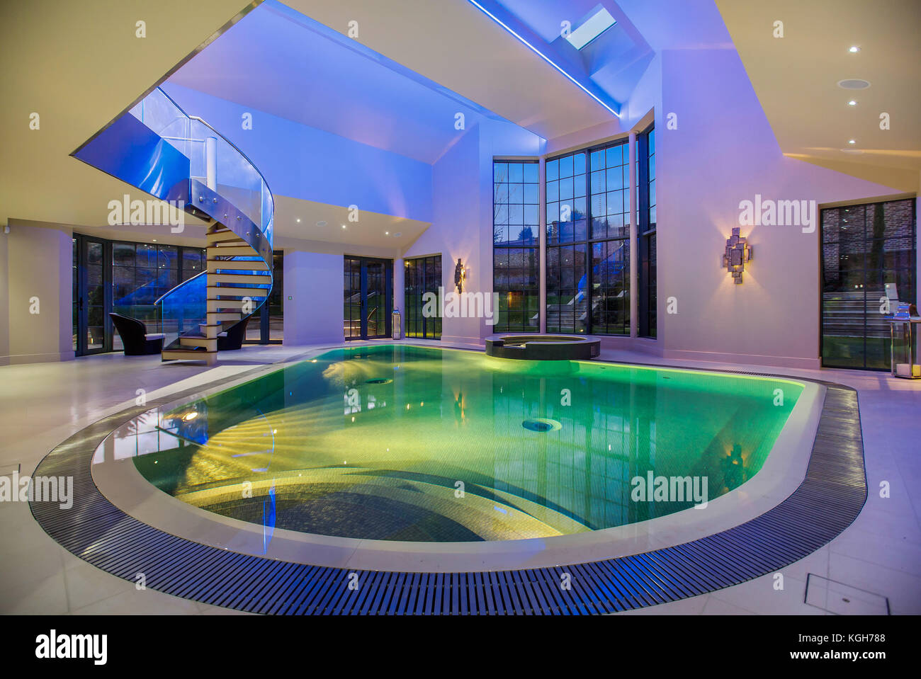 Luxus Schwimmbad Pool Im Haus
