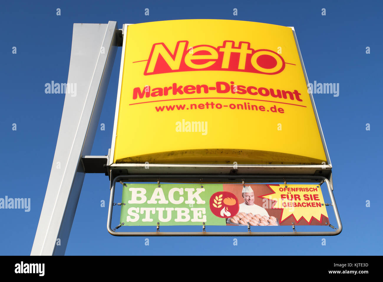 Netto Online Bett Inhouse Stockfotos Inhouse Bilder Alamy