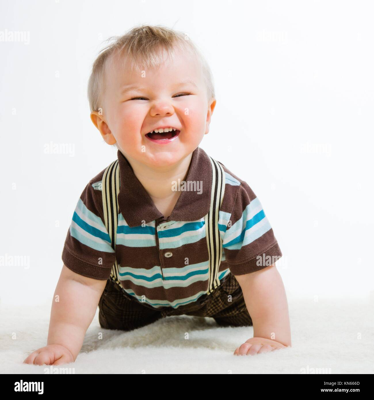 Baby 18 Monate 18 Month Baby Laughing Stockfotos And 18 Month Baby Laughing