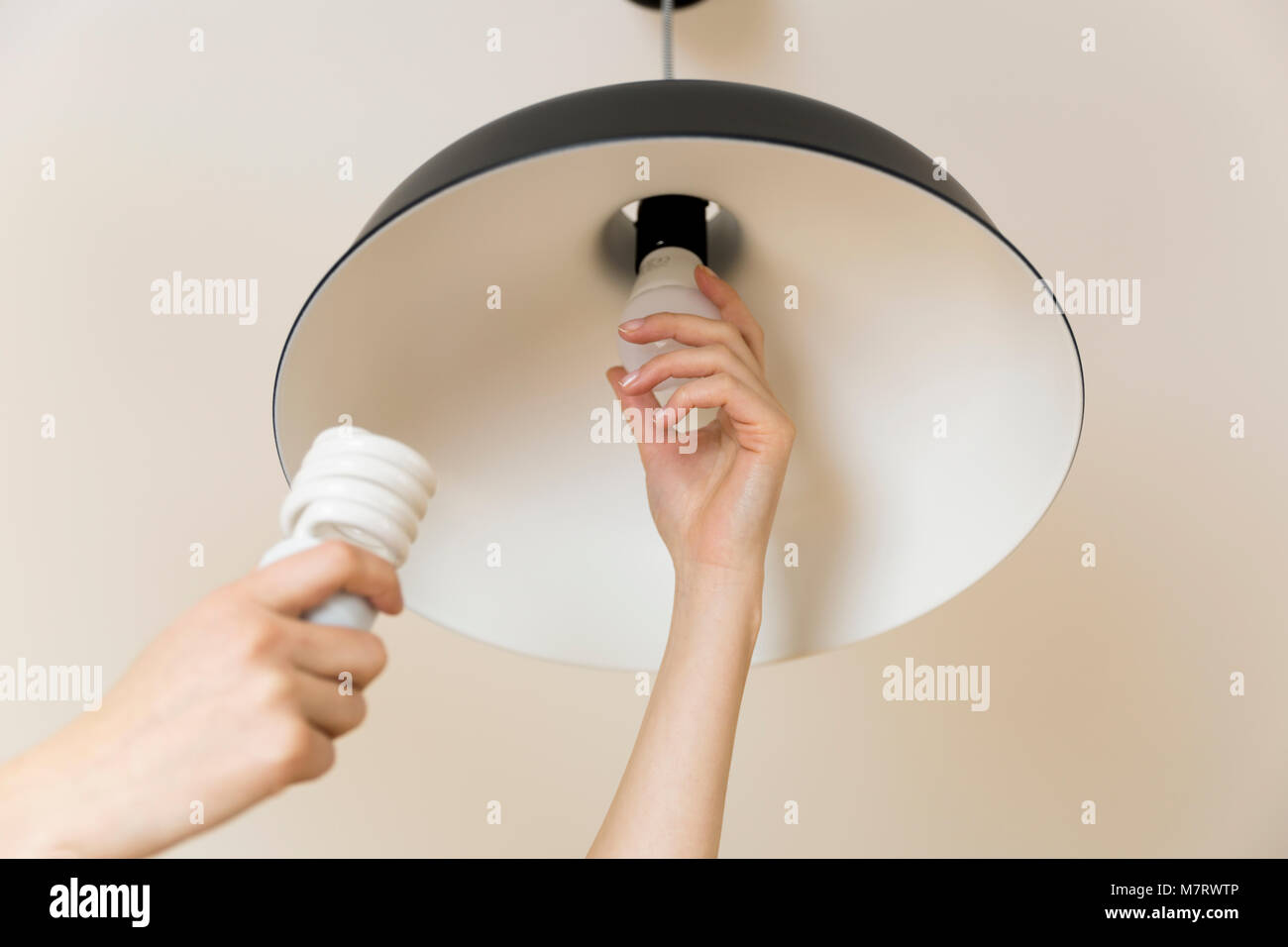 Deckenlampe wechseln anleitung tiguan touran abblendlicht h