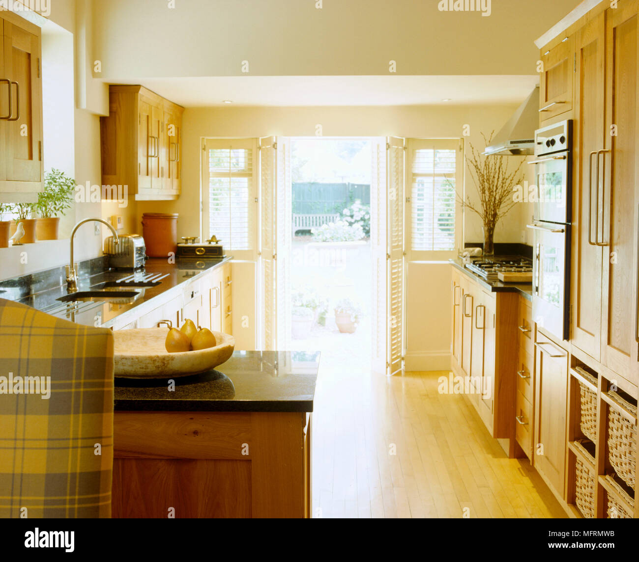 Landhausstil Küche Holz
