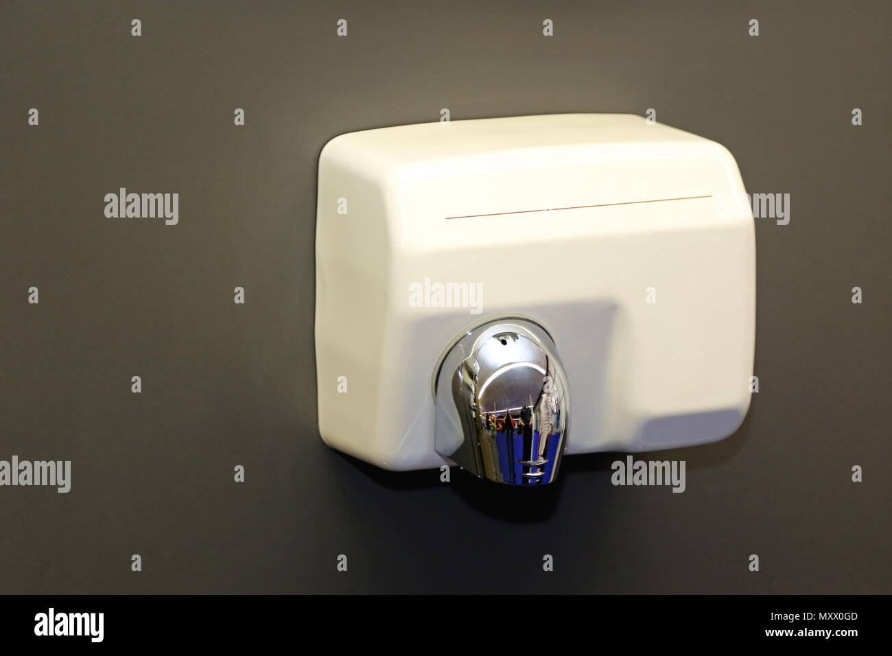 Händetrockner Mit Tuch Electric Hand Dryer Stockfotos Electric Hand Dryer Bilder Alamy