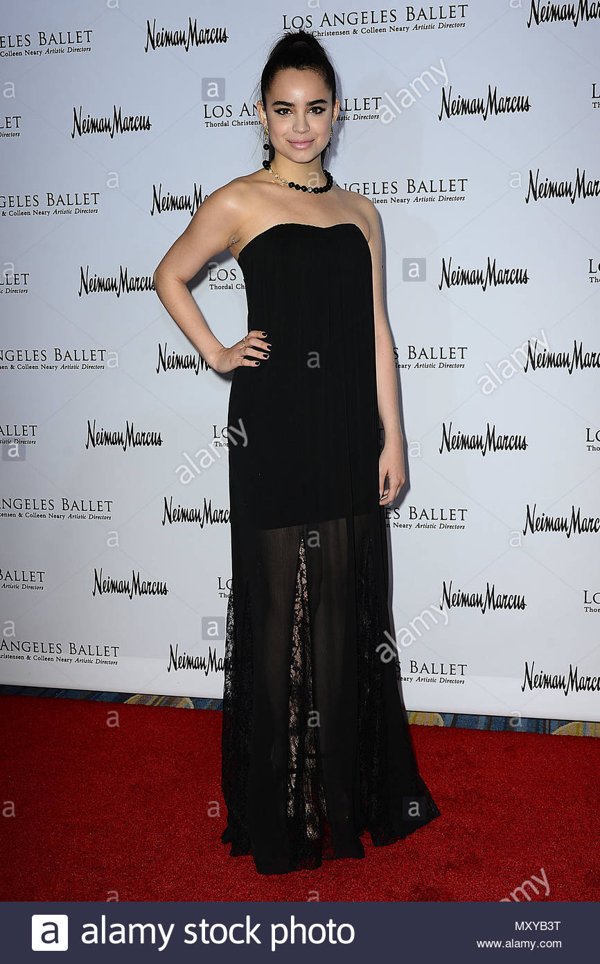 Roter Teppich Los Angeles Sofia Carson Roter Teppich Ankünfte Am Los Angeles Ballett Gala