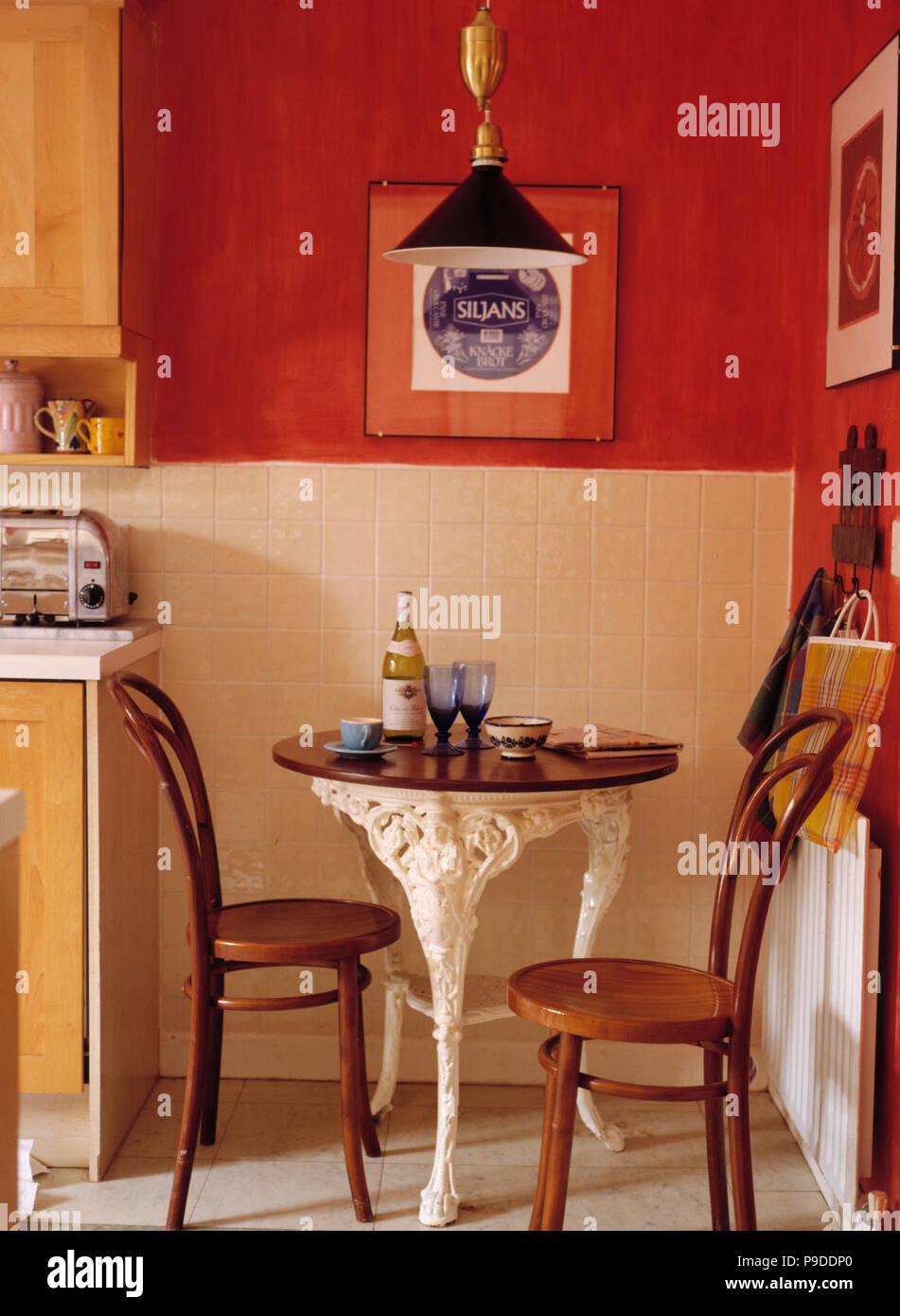 Tische Und Stuhle Fur Kleine Kuchen Tisch Und Stuhl Fur Kleine Kuche