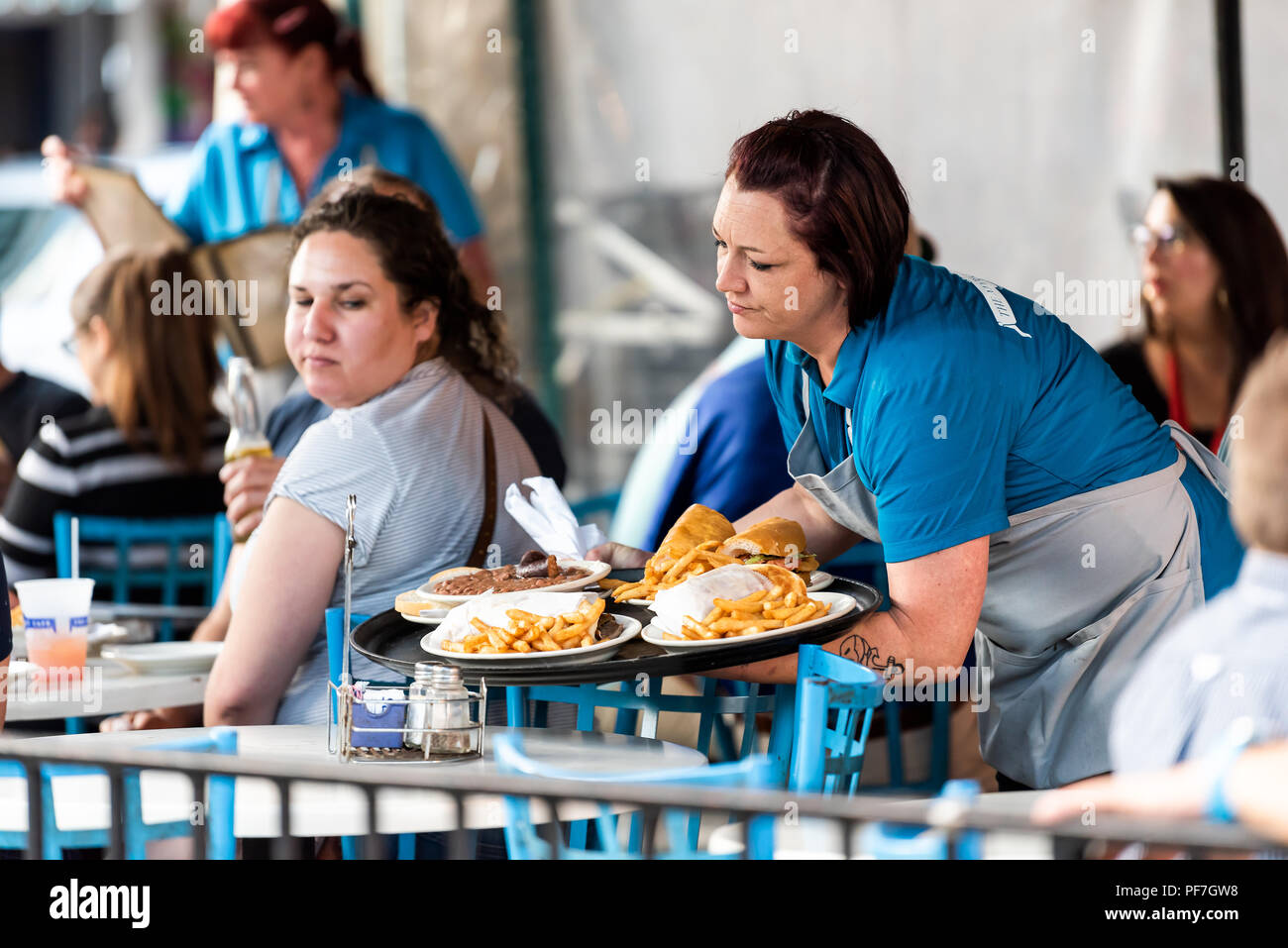 Kreolische Küche New Orleans Cajun Woman Stockfotos & Cajun Woman Bilder - Alamy