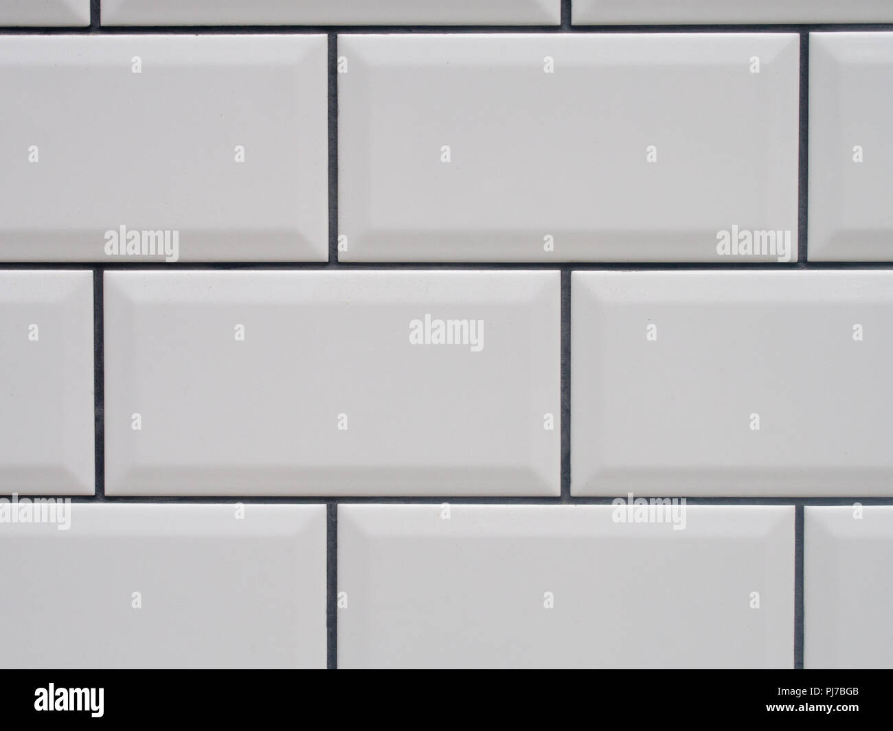 Weiße Fliesen Hellgraue Fugen White Subway Tile Kitchen Stockfotos White Subway Tile Kitchen