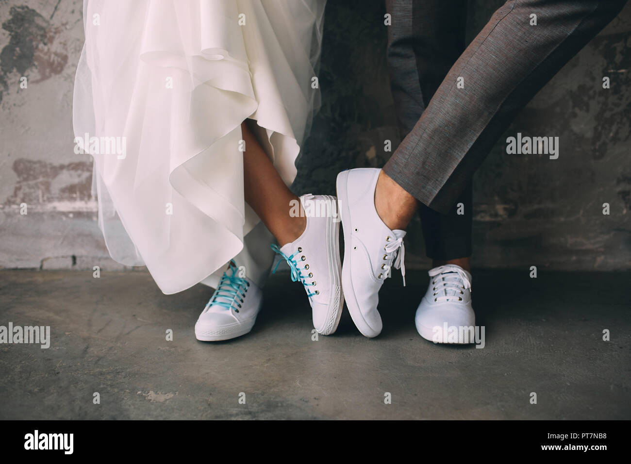 Weiße Flip Flops Hochzeit Wedding Feet Stockfotos And Wedding Feet Bilder Alamy