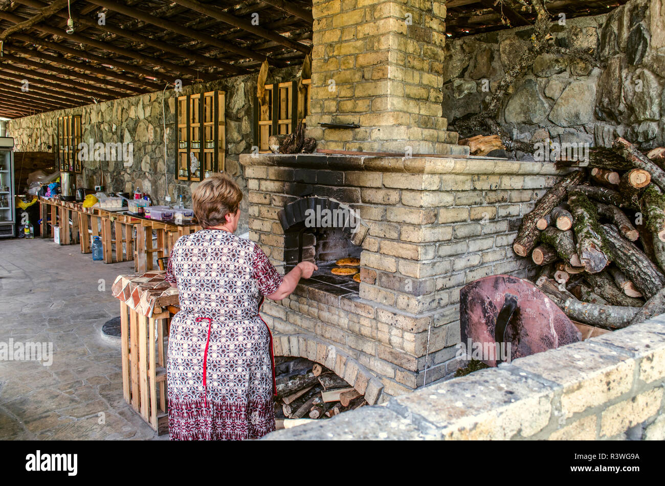 Armenische Küche Gata Brick Stove Stockfotos And Brick Stove Bilder Alamy