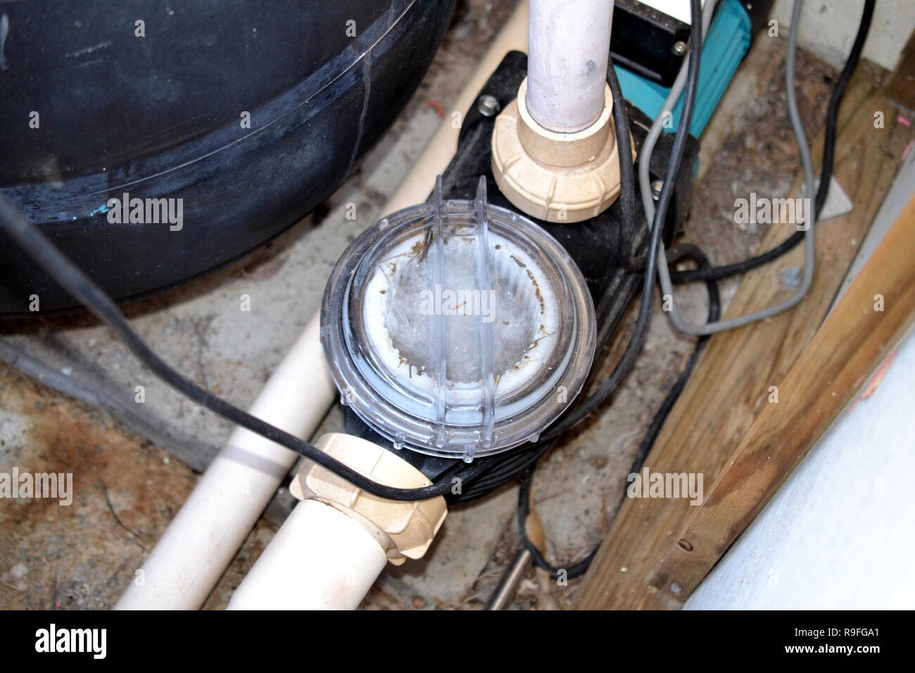 Pool Mit Pumpe Und Heizung Pool Pump Stockfotos Pool Pump Bilder Alamy