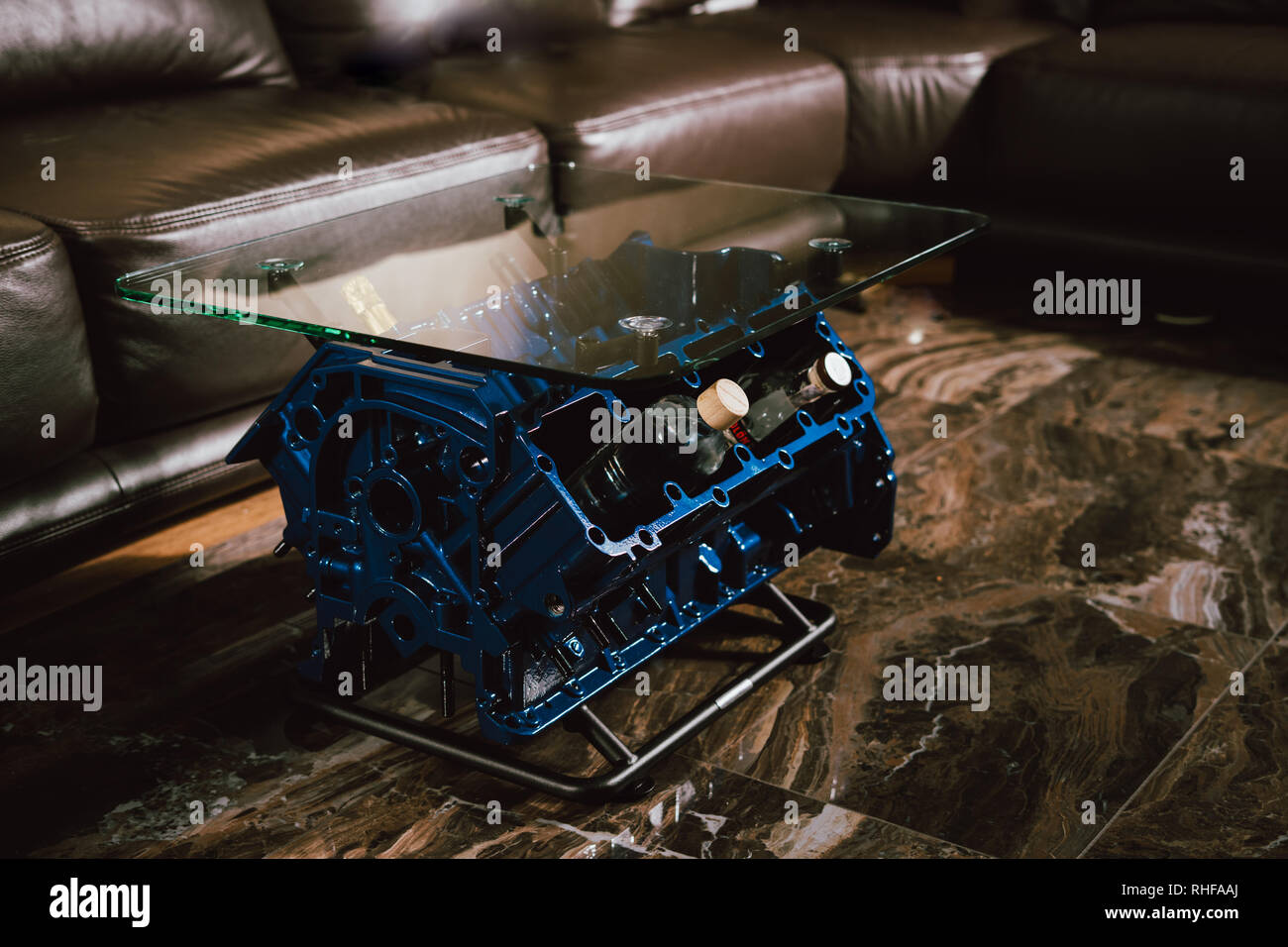 Couchtisch Motorblock V8 Engine Block Stockfotos V8 Engine Block Bilder Alamy