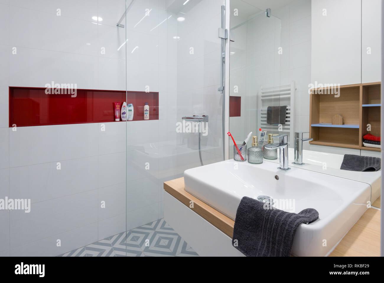 Kleine Badezimmer Architektur | Badezimmer Selbst Gestalten Genial ...