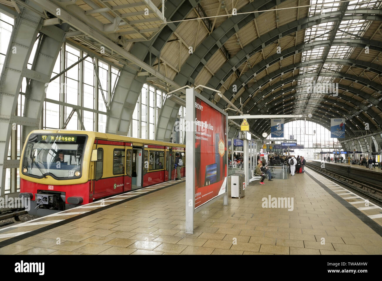Bvg S-bahn Wannsee Berlin Wannsee Station Stockfotos Berlin Wannsee Station
