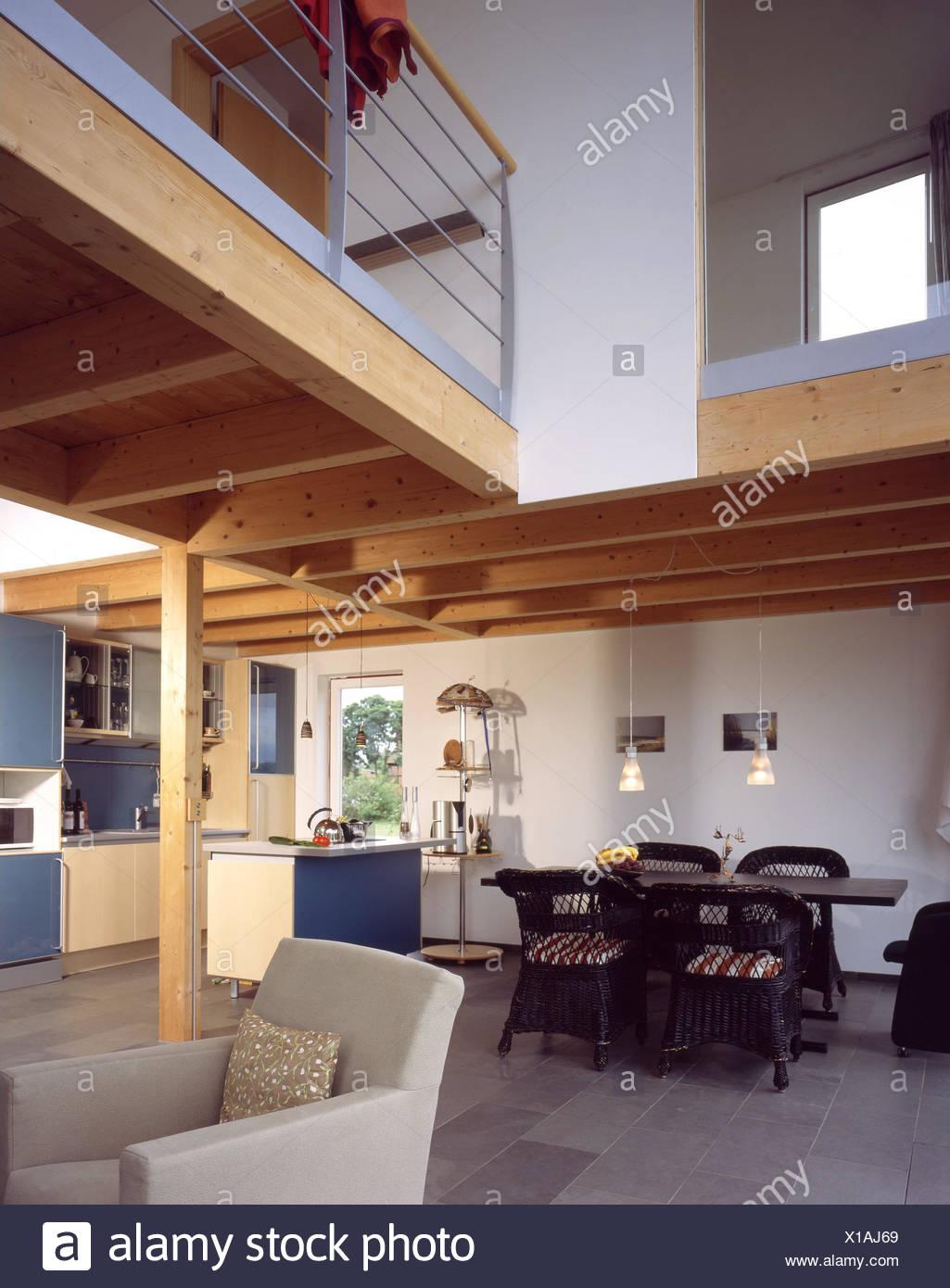 Einfamilienhaus Wohnung Küche Esszimmer Esstisch Obergeschoss