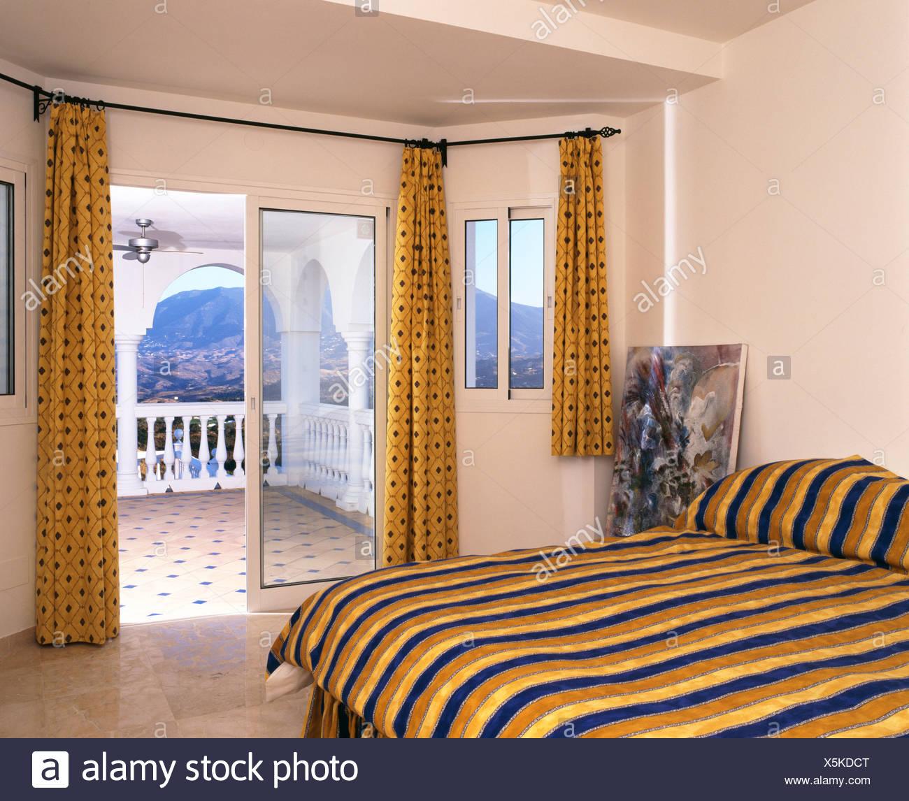 Gardinen Schlafzimmer Gelb