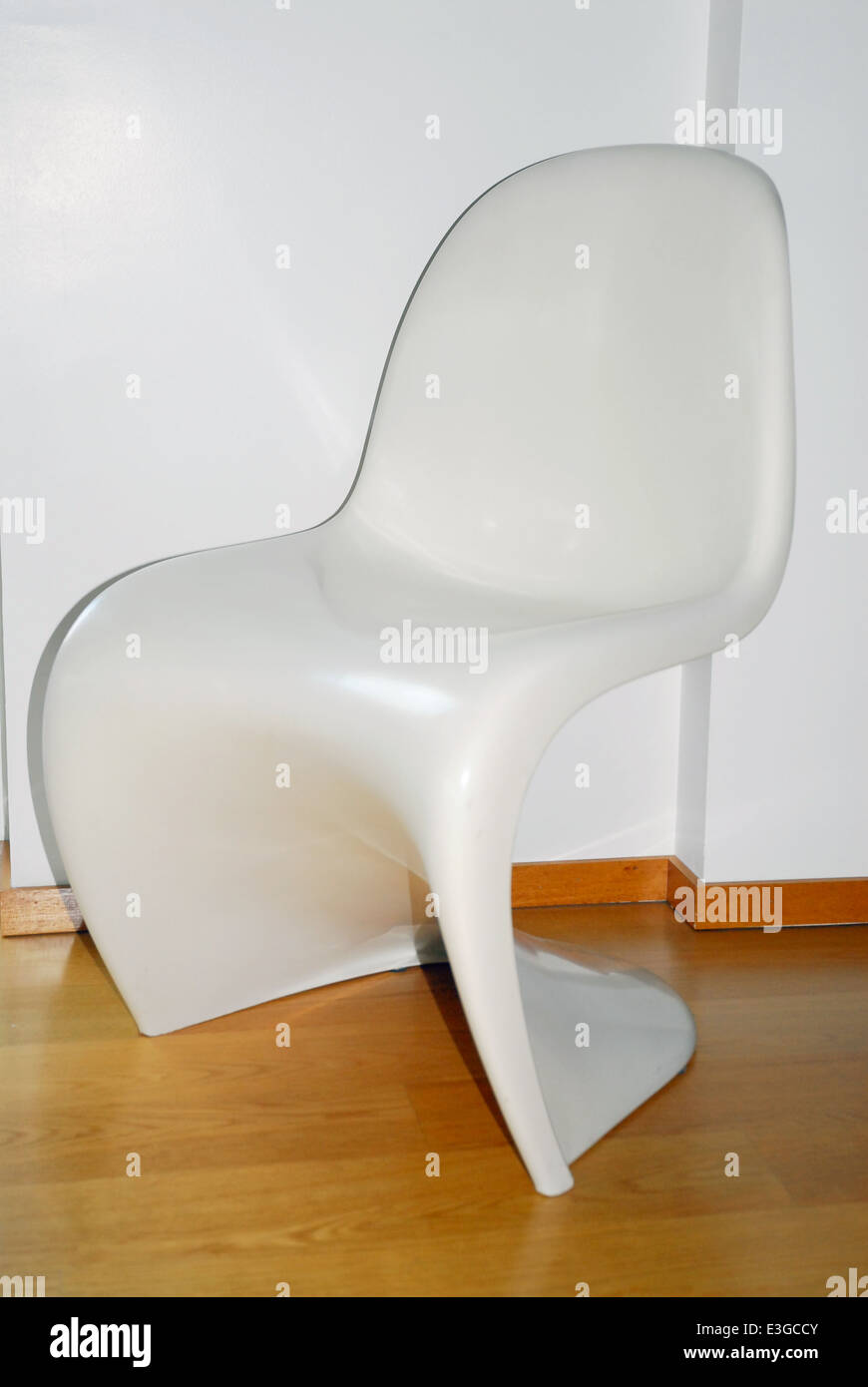 Silla Panton Blanca Panton Chair Imágenes De Stock Panton Chair Fotos De Stock Alamy